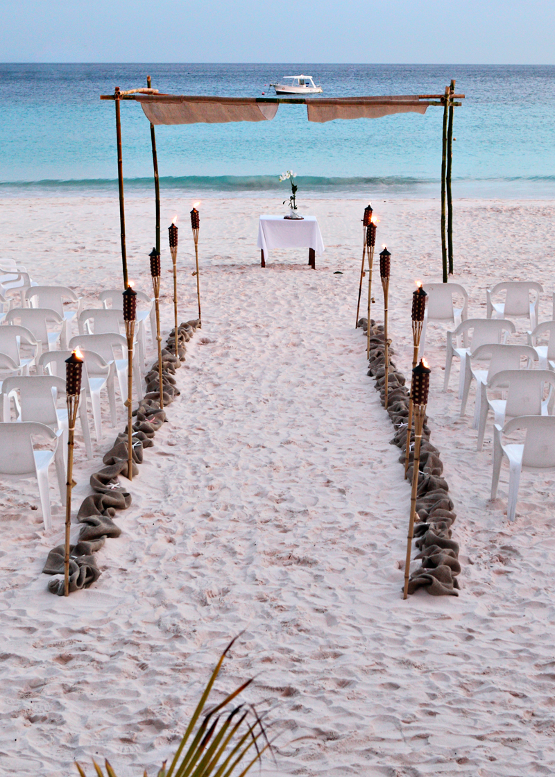 Destination wedding caribbean for Top caribbean wedding destinations